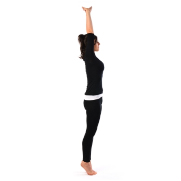 Palm-Tree-Pose-Tadasana2